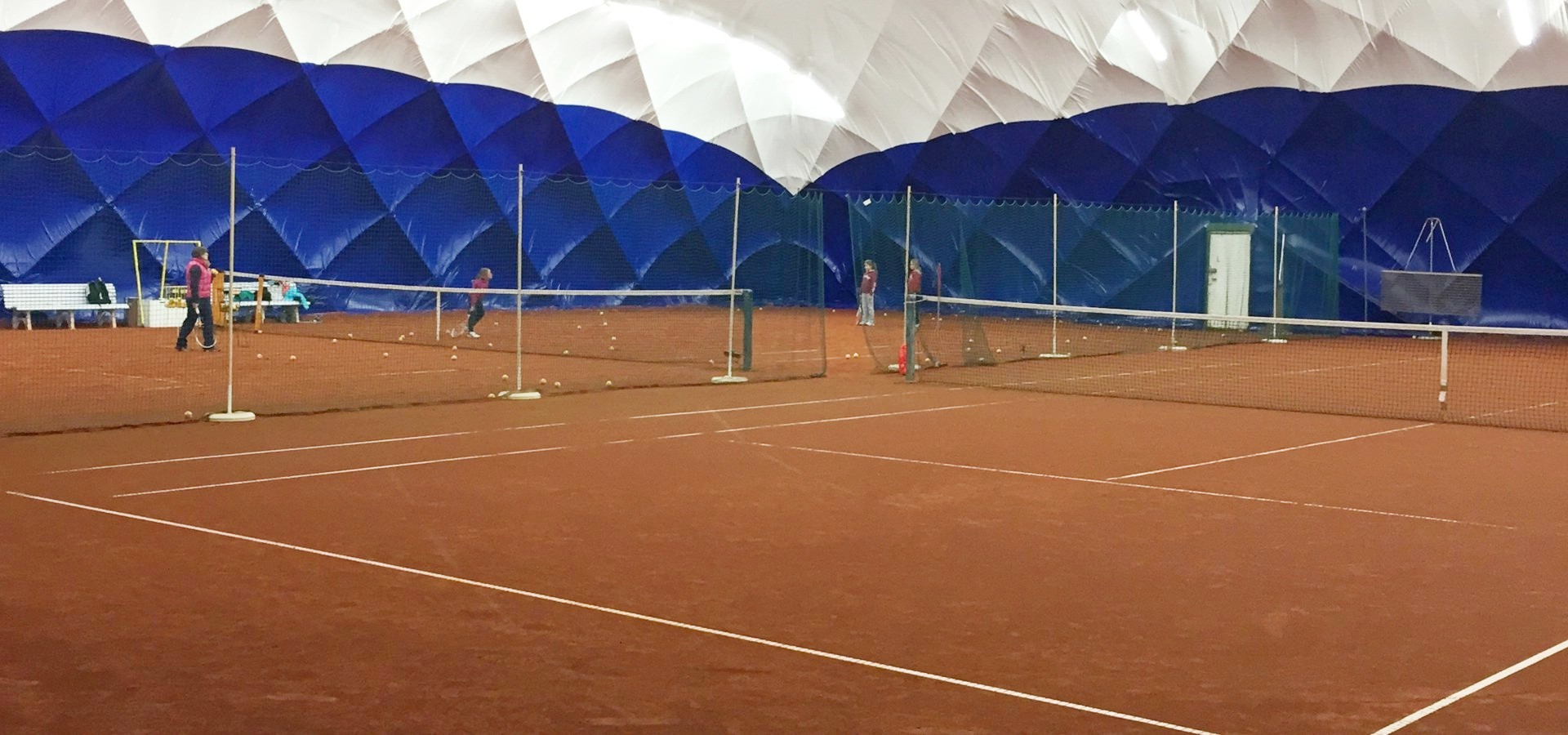 winterhalle_allexx-tennis-hell